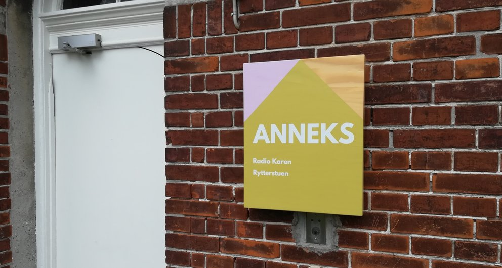 Skilte til Karensminde Kulturhus og park i Sydhavnen